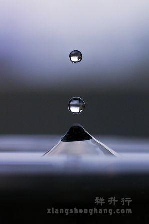 水滴拍摄3.jpg