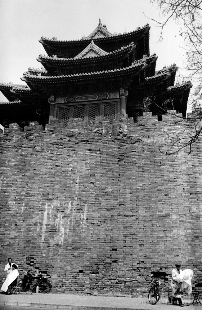 老沈影展072o剃头摊1997.jpg
