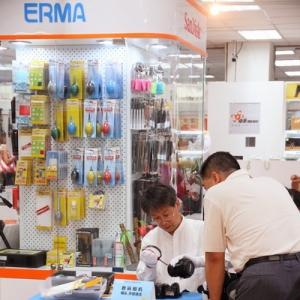 爱尔玛参加蔡司影赛启动暨卓美店新装开业酬宾
