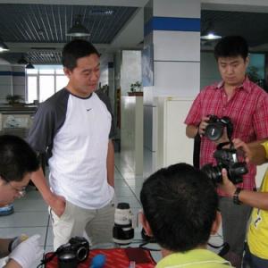 哈尔滨汇丰为黑龙江省内知名媒体提供相机清洁