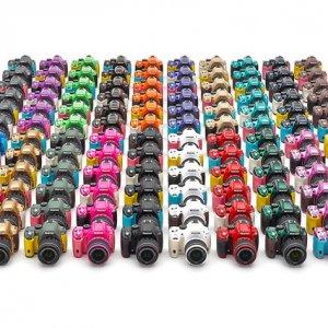 宾得为K-50和Q7提供120种机身配色服务