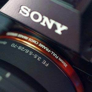 索尼相机业务开始向无反相机集中