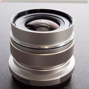 奥林巴斯12mm f/1.0、14mm f/1.0镜头专利公布