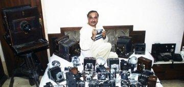 [超级器材控] 收藏4425台古董相机 两次破纪录